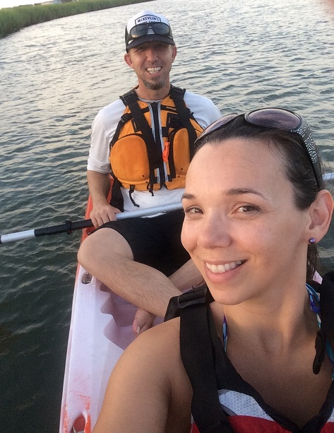 folly beach island yoga class teachers jenny and matt stevens kayaking